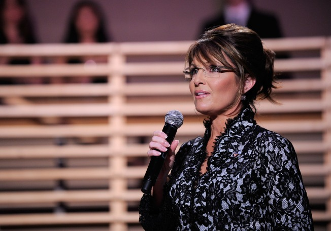 Sarah Palin Blasts President Obama on His Home Turf