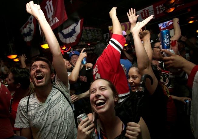 Official Blackhawks Bars in Chicago: Watch Every Game Home and Away