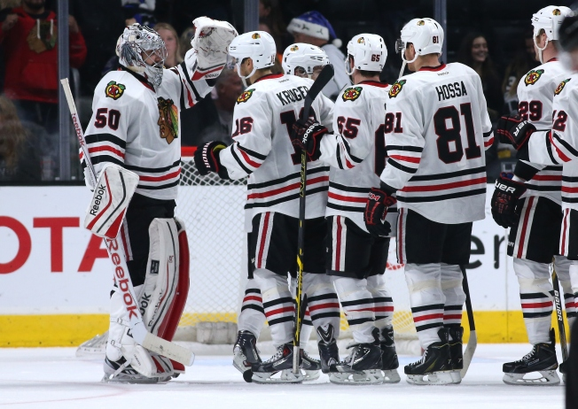 Blackhawks Finish Trip with Bang in Win Over Kings