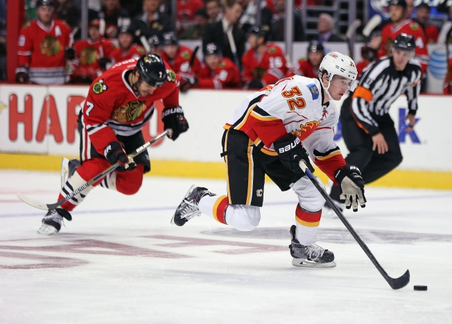 Flames Beat Blackhawks 2-1