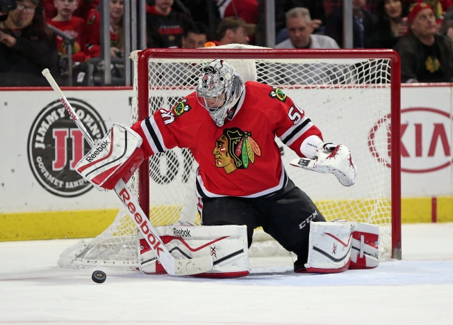 Crawford Makes 46 Saves as Blackhawks Sneak Past Oilers