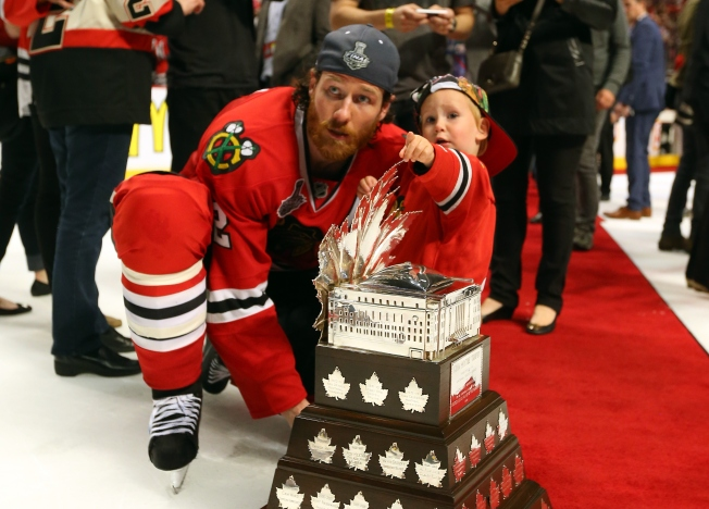 Duncan Keith's Wife Loses Bid for $150K in Monthly Spousal Support