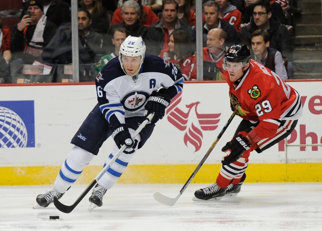 Jets Sweep Season Series at UC in 4-2 Win Over Blackhawks