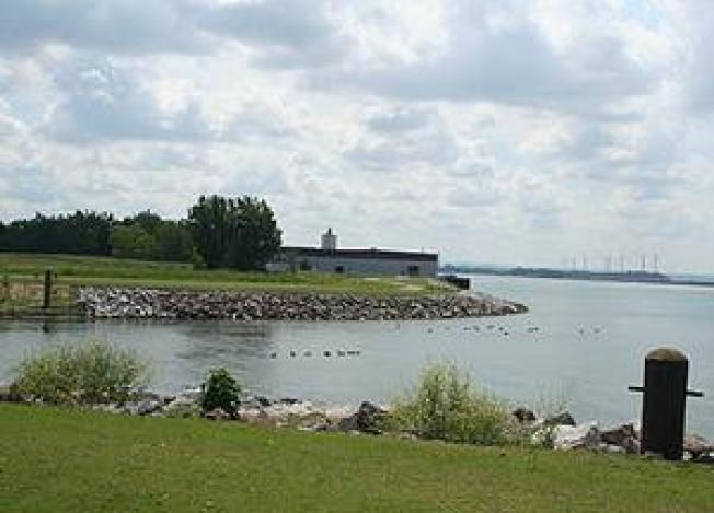 Buffalo's Ugly Waterfront Brownfield Becomes a Greenway