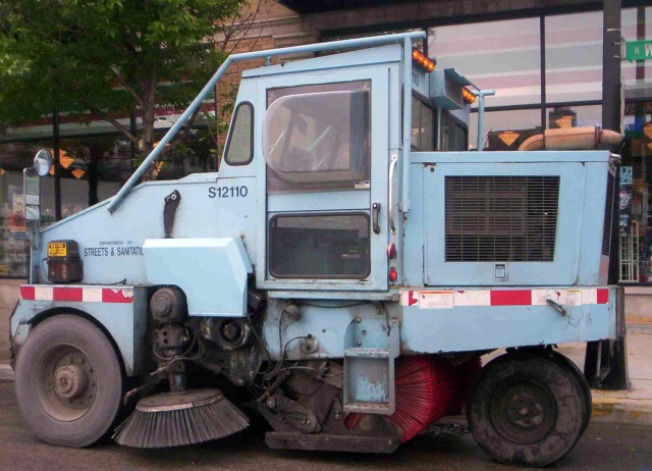 Texts Alert First Ward Residents About Street Sweepers