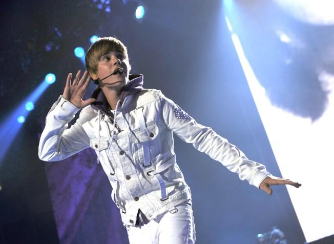 Cops: Justin Bieber Threw Water Balloons at Us