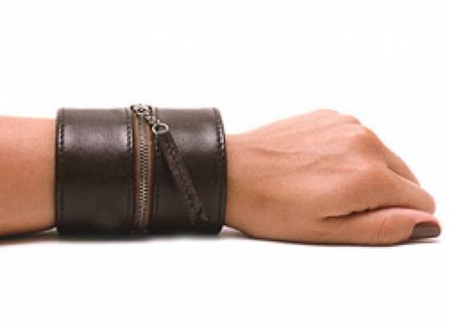 Hands-Free Cuff