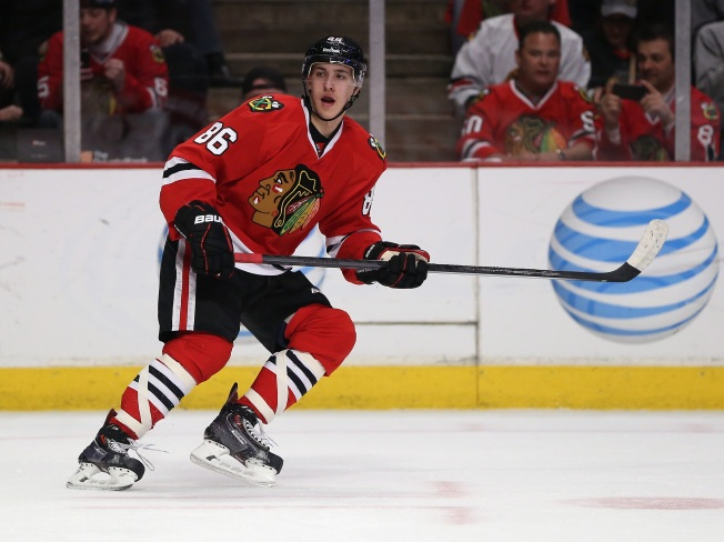 Teuvo Teravainen Weighs in on Chicago Fans in Candid Interview