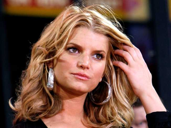 Did Jessica Simpson Chop Off Her Hair?