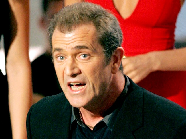 Mel Gibson's Attorney Files Motion To Dismiss His 2006 DUI Charge