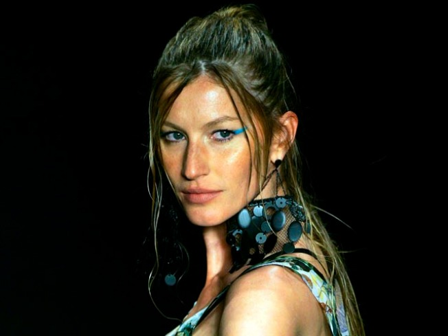 Gisele Makes Post-Baby Runway Return