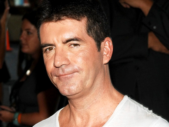 Simon Cowell Beats Trump as Top-Earning TV Dude
