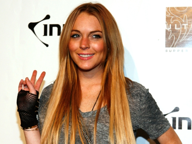 Lindsay Lohan to Guest-Judge 'Project Runway' on Lifetime