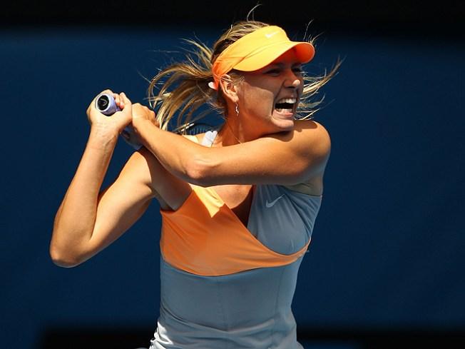 Sharapova Wins Opener at Australian Open