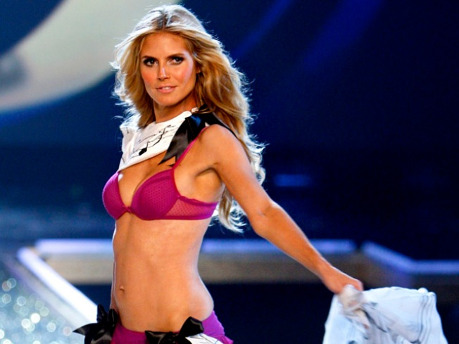 Heidi Klum to Host Victoria's Secret Fashion Show