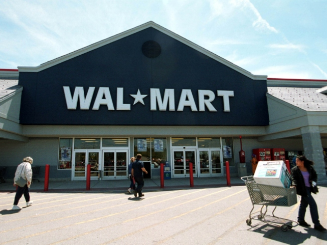 Daley Warms to Second Wal Mart