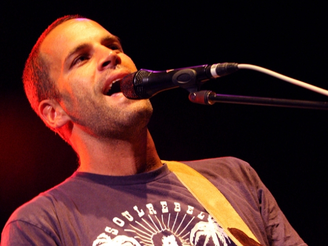Jack Johnson Returns 'To the Sea'