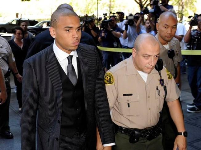 Chris Brown Gets Probation, Community Labor