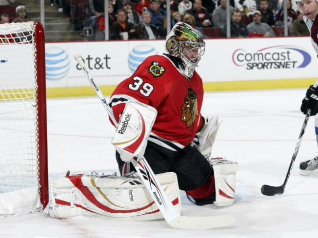 Blackhawks Shuffle Goalies in Khabibulin Showdown