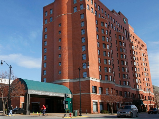Abe's Hotel Up for Auction
