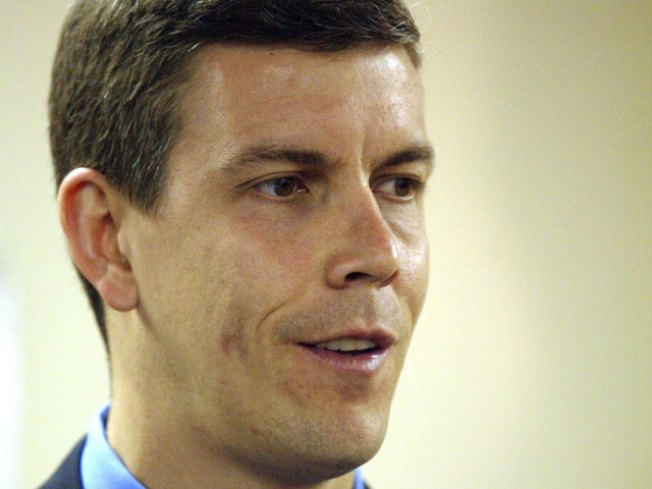 Duncan Kept Track of Pols' School Requests: Report