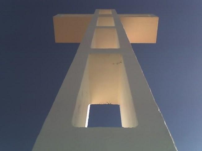 Veterans Sue to Keep Controversial Mountaintop Cross