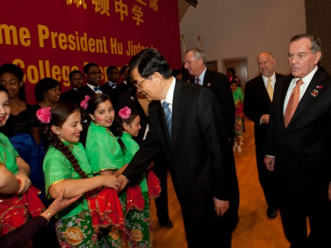 Chinese President Visits Chicago High School