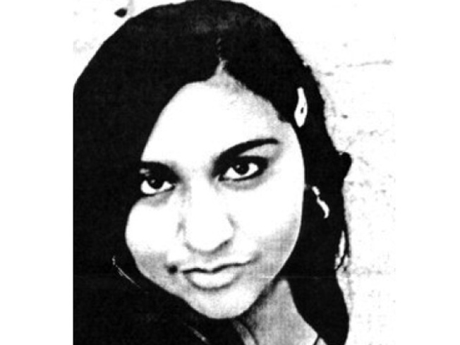 Police Looking for Missing 15-year-old Girl