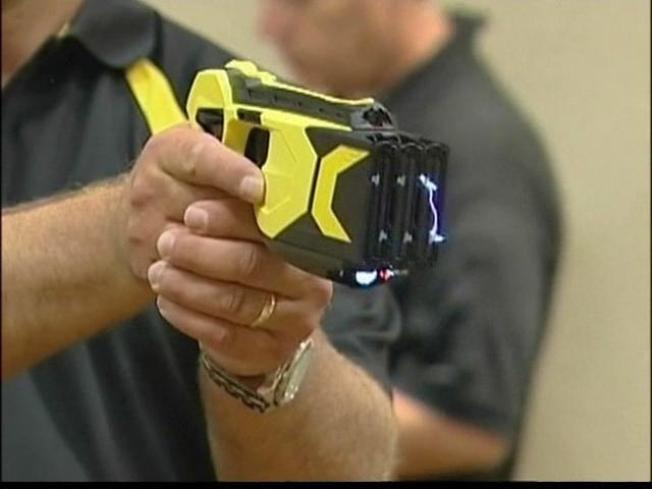 Chicago Cops to Get a Taser in Every Squad