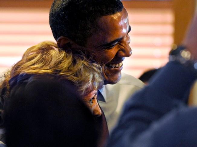"""""""Buffalo Cougar"""": I'm Sorry I Flirted With Obama"""