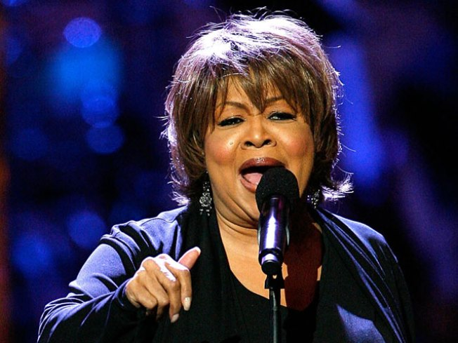Mavis Staples to Headline Blues Festival