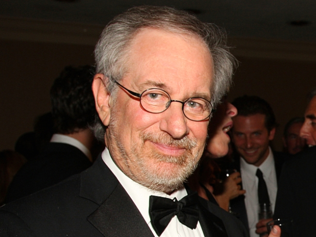 BAM!  Spielberg And Ten Hours Of Killer Aliens!