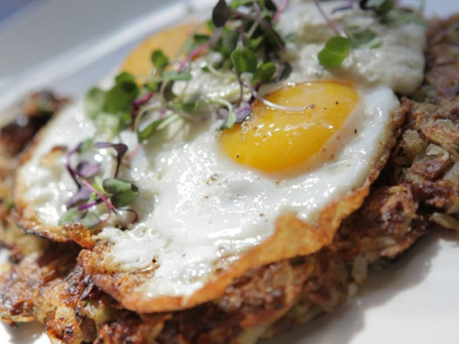 Sunda Launches Brunch on Mother's Day