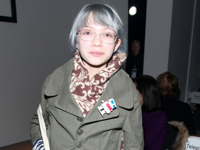 Tavi Gevinson Shops a New Book
