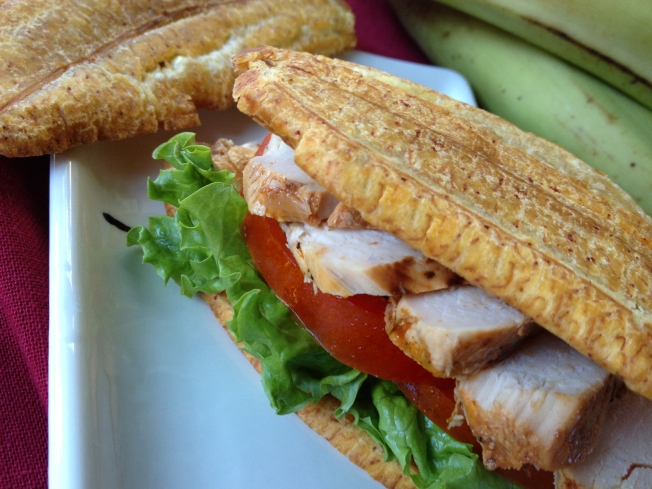 Enjoy a Puerto Rican Sandwich With Plantains And Seasoned Chicken