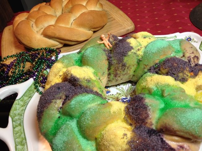 Celebrate Mardi Gras With A Homemade King Cake