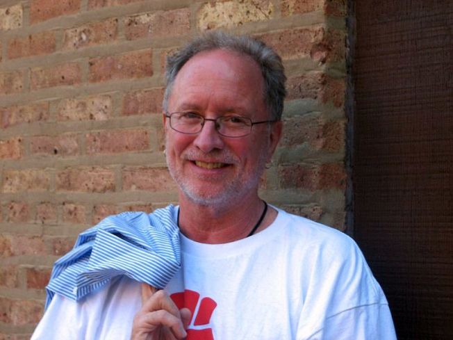 Controversial Professor Bill Ayers Speaks With Occupy Chicago Protesters
