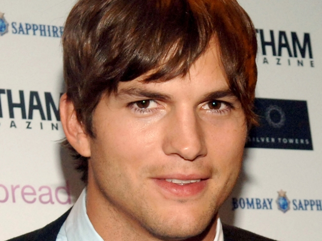 Ashton Kutcher On Kissing Jessica Alba & His Special Valentine's Day Plans