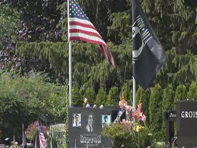 Cemetery Tells Soldier's Family to Take Down Memorial
