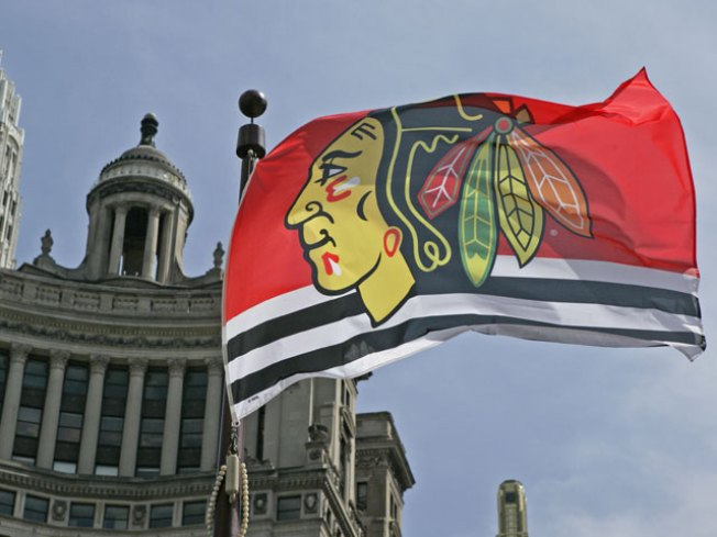 Blackhawks to Unveil Renovated Mag Mile Store