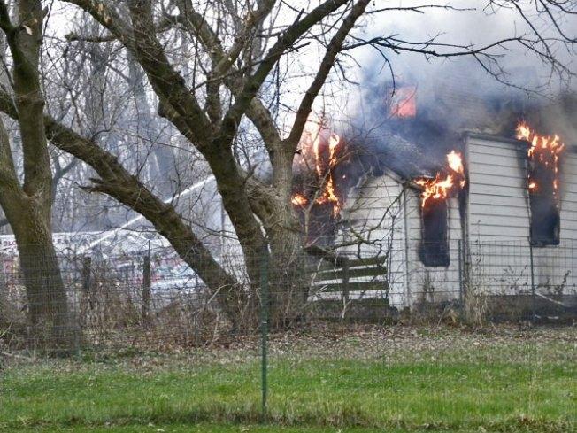 2 Dead in Bloomingdale House Fire