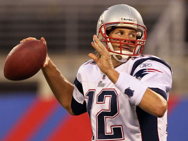 Tom Brady Belongs to the Pats Until 2014