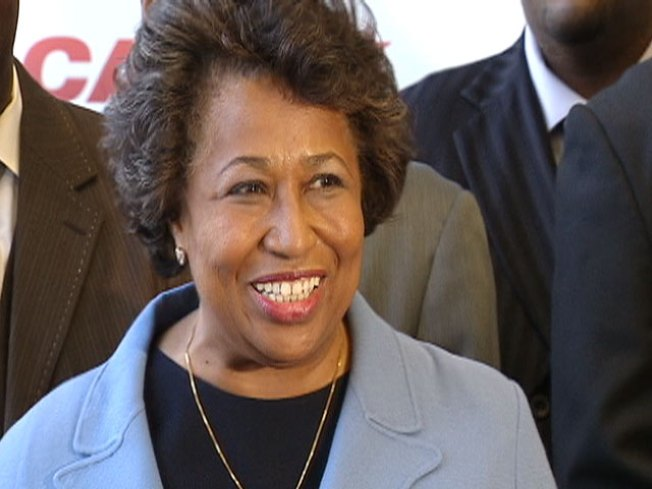 Moseley Braun to Clinton: Butt Out