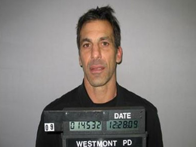Chelios Escapes DUI Charge