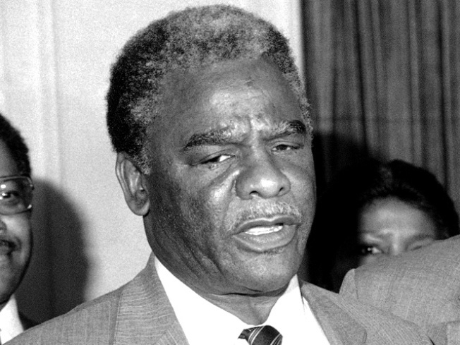 Harold Washington Criticizes Quinn in New Hynes Ad