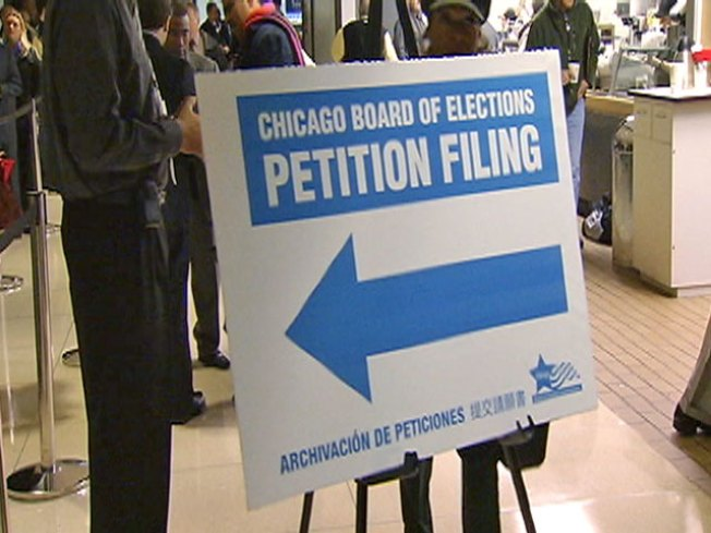 On First Filing Day, 158 People Jump in Aldermanic Races