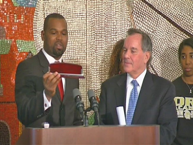 For Final Time as Mayor, Daley Becomes School Principal