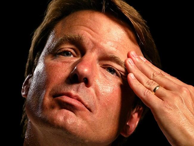 John Edwards Admits Fathering Love Child