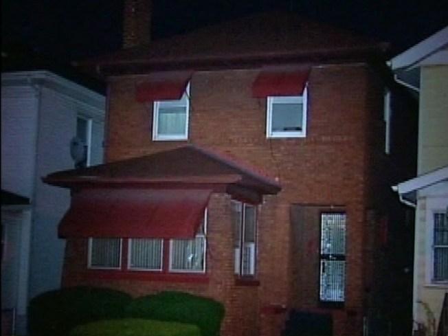 Officer's Gradmother, Aunt Found Murdered in Home