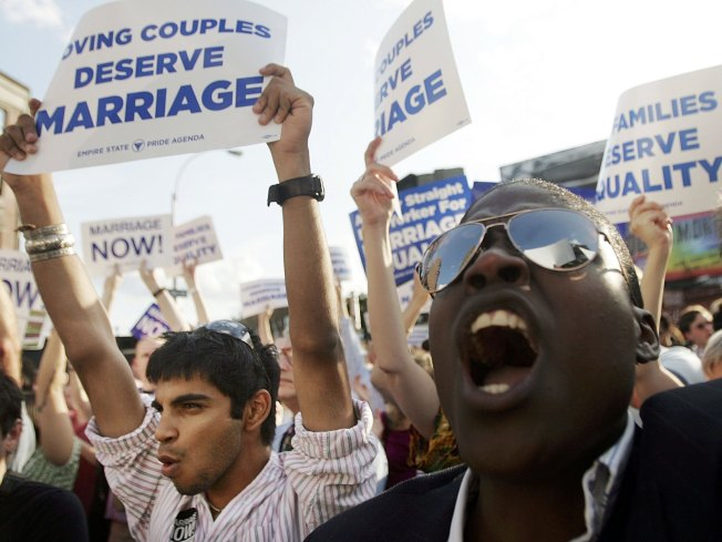 Illinois House Passes Civil Unions Bill